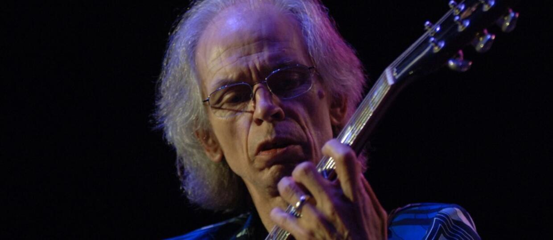 Yes odwołuje koncerty po śmierci syna Steve'a Howe'a