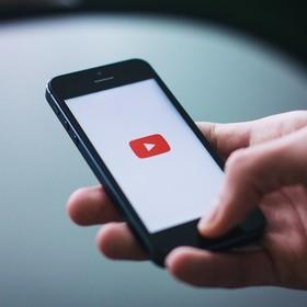 YouTube zachęca artystów do niekrytykowania serwisu