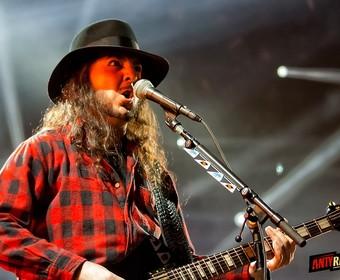 Zespół Darona Malakiana, Scars On Broadway powróci z nowym albumem