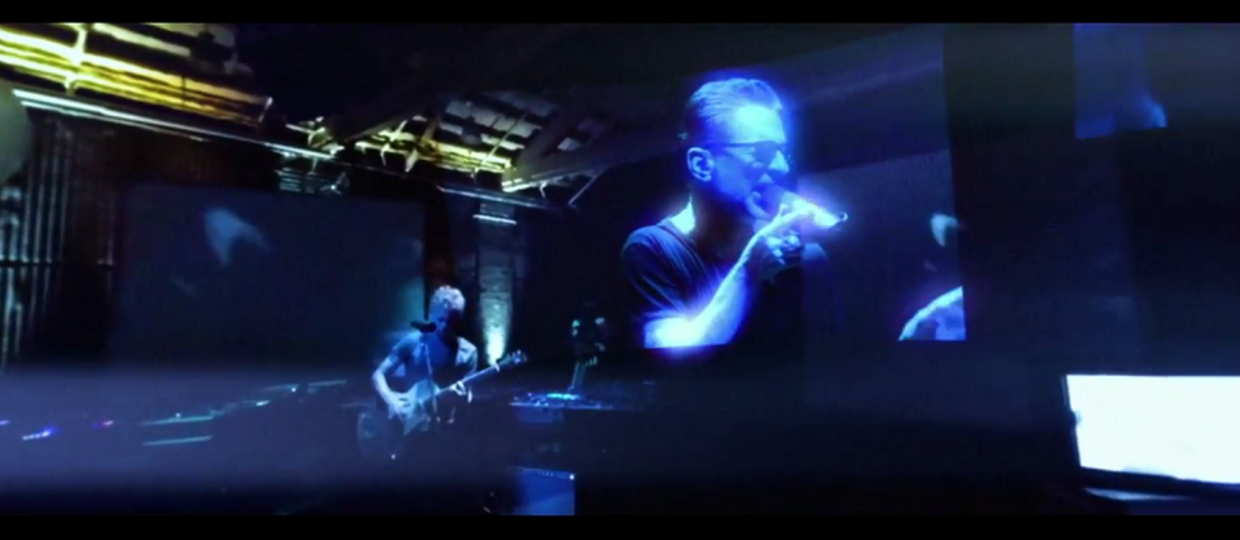 "Zobacz klip Depeche Mode do ""Going Backwards"" w 360 stopniach"
