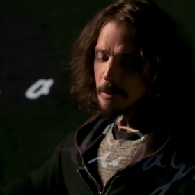 "Zobacz ostatni klip Chrisa Cornella do ""The Promise"""