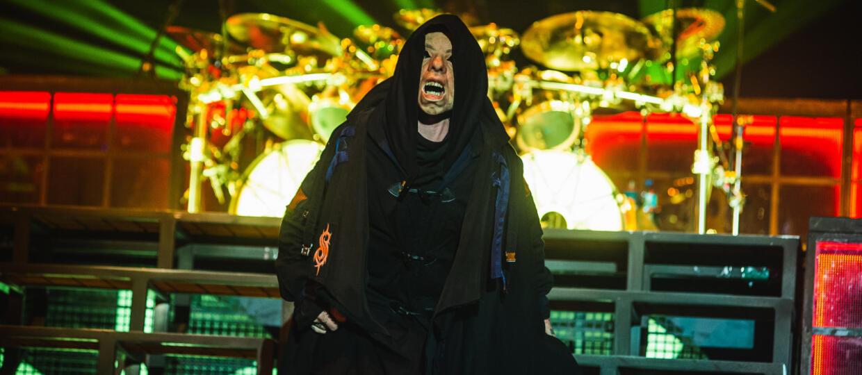 """A co gdyby muzykę do """"Kosmicznego meczu"""" nagrał Slipknot? Oto crossover, którego nikt nie chciał i nie potrzebował"""