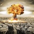 wybuch bomb atomowych w mieście