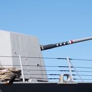 Amerykańska marynarka wojenna testuje potężne działo laserowe. Zestrzelono drona [WIDEO]