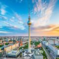 Berlin pokazuje środkowy palec antymaseczkowcom.