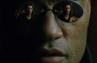 Morpheus oferuje Neo niebieską pigułkę