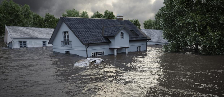 domy porwane przez wodę