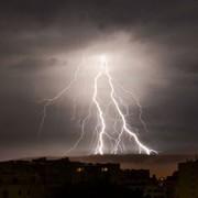 Gdzie aktualnie grzmi i pada deszcz? Ta aplikacja sprawi, że burza już nigdy cię nie zaskoczy