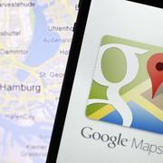 Człowiek lepszy od maszyny. Polski głos Google Maps przywrócony. Dzięki internautom Jarosław Juszkiewicz nadal będzie kierować nas po mieście
