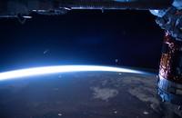 kometa NEOWISE widziana z Międzynarodowej Stacji Kosmicznej