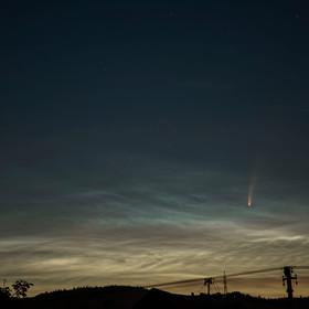 Kometa NEOWISE właśnie przelatuje nad Polską