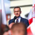 """Premier Morawiecki: """"Zwiększamy kary za nieprzestrzeganie kwarantanny"""". Wiemy, do kiedy będą zamknięte szkoły"""