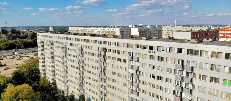 """Mężczyzna w Białymstoku groził, że będzie zarażał ludzi koronawirusem, jeżeli nie otrzyma """"flaszki i pizzy"""""""