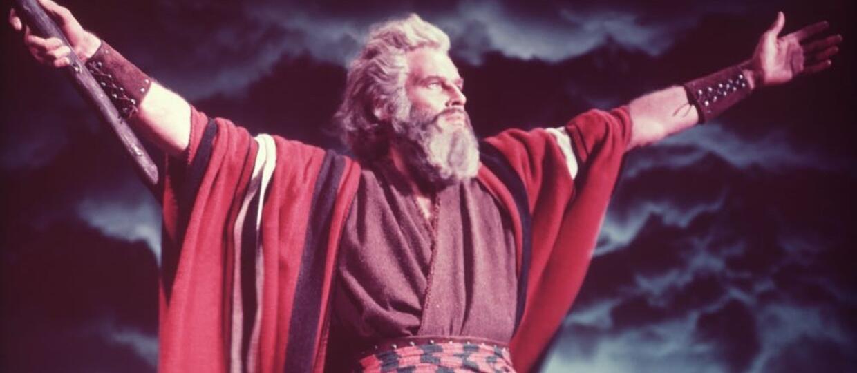 Mojżesz dostał nowe przykazania na czas epidemii koronawirusa [WIDEO]