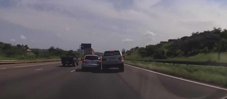 Natychmiastowa karma dla kierowcy BMW X5