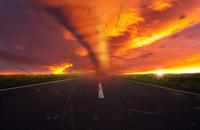 Ogniste tornado nawiedziło Kalifornię. Zjawisko wywołało chaos i przerażenie