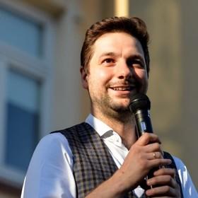 Patryk Jaki wytacza wojnę serwisom VOD. Bo indoktrynują wrogą ideologią polską młodzież
