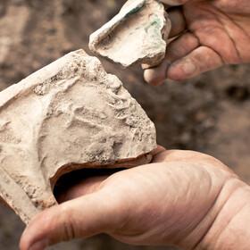 Turystka zwróciła skradzione 15 lat temu przedmioty. Twierdzi, że spadła na nią klątwa