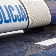 Białystok. Ruszył proces kierowcy, który rzucał nożami do policjantów