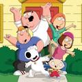 """Seth McFarlane bardzo się nudzi. Nagrywa podcast jako Brian i Stewie z """"Family Guya"""""""