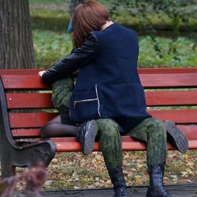 Seks na ławce w parku