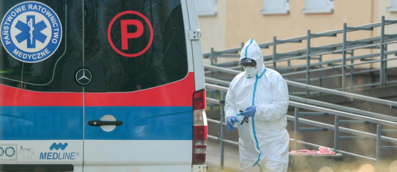 Wzrasta liczba zakażonych koronawirusem w Polsce. Ministerstwo Zdrowia podało kolejne dane