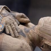"""Zagadka """"mumii krzyczącej kobiety"""" rozwiązana. Poznajcie przerażającą historię Egipcjanki"""