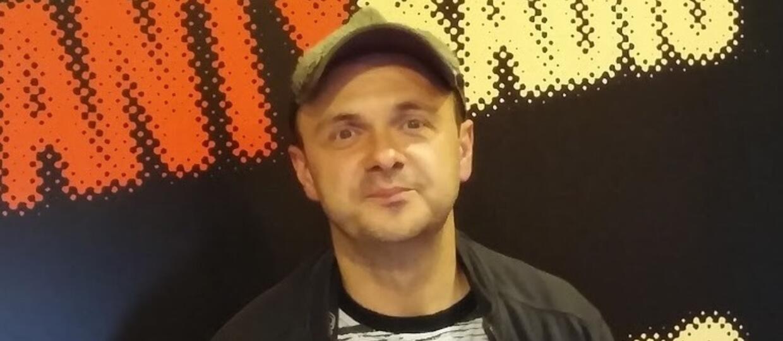 Arek Jakubik: Dr Misio jest idealny na jesienną deprechę [VIDEO]