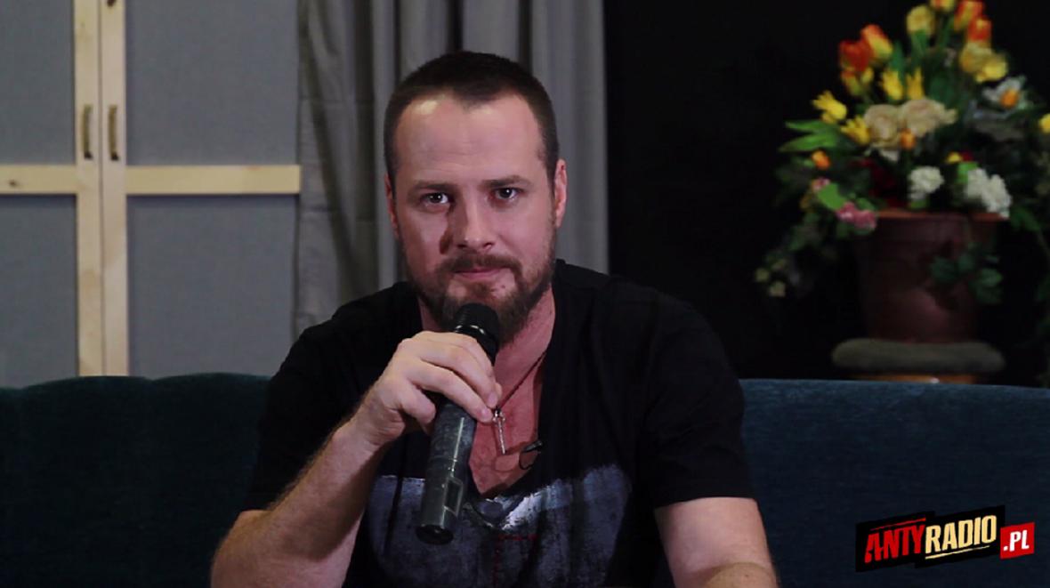 Paweł Małaszyński o nowych teledyskach Cochise i miłości do muzyki