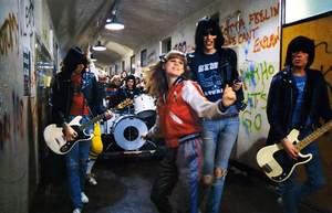 10 rockowych i metalowych utworów na początek szkoły