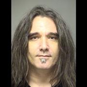 Były perkusista Pearl Jam ścigany listem gończym