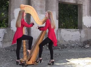 """Jak brzmi """"One"""" Metalliki zagrane na harfach?"""