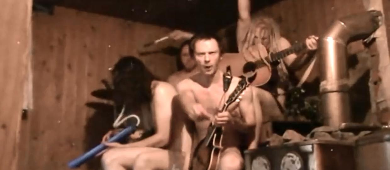 Jak Motorhead brzmi w saunie?