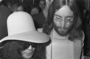 Lennon i jego wielki pająk