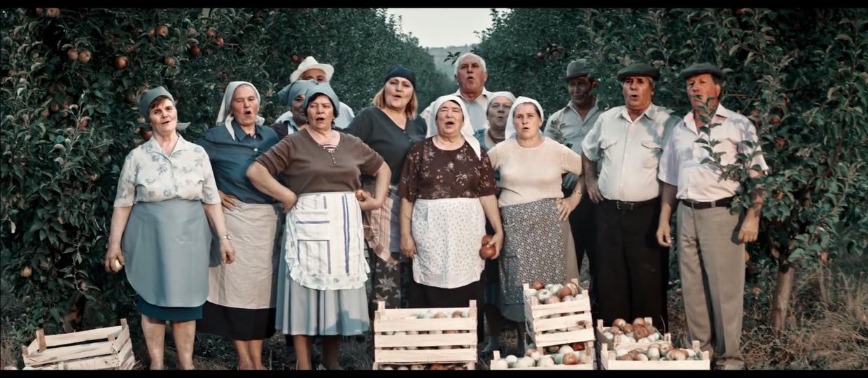 """""""The Show Must Go On"""" w wersji rolników z Mołdawii"""
