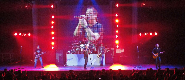 3 Doors Down broni kobiet na koncertach!