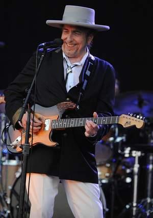 Bob Dylan rozdał 50 tys. płyt seniorom!