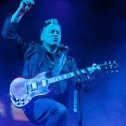 Iggy Pop i Brandon Flowers z The Killers na płycie New Order