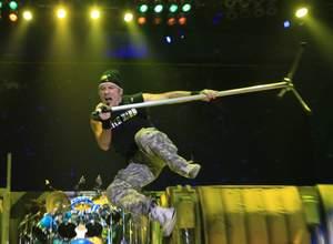 Iron Maiden i pół minuty z prędkością światła