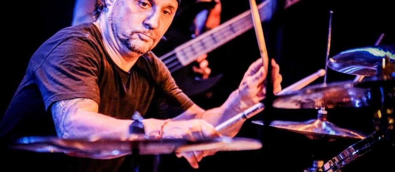 Jak brzmi punkowy zespół Dave'a Lombardo?