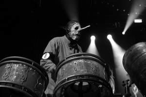 Perkusista Slipknota: Ludzi nie obchodzi jakość dźwięku
