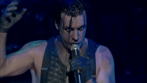 """Rammstein z koncertowym """"Benzin"""""""