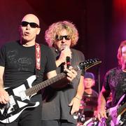 Satriani twierdzi, że Chickenfoot już nie wróci