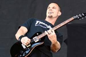 Van Halen znowu z Tremontim