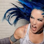 Wokalistka Arch Enemy: Dziewczyny nie mają łatwo