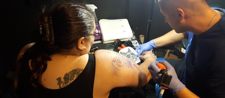 Finał akcji Antyradio zachodzi za skórę - tatuaż już gotowy!