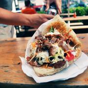 Automat do kebabów powstał na Politechnice Warszawskiej. Kebs&GO! to projekt byłych studentów