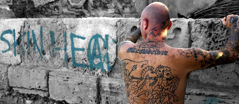 FBI posegreguje ludzi po tatuażach