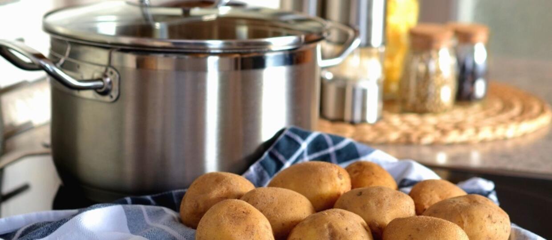 Garnek i ziemniaki
