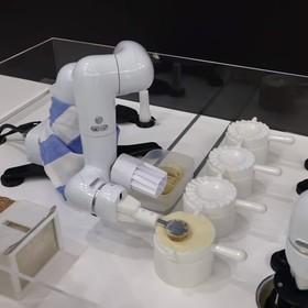 Powstał robot, który potrafi robić pierogi